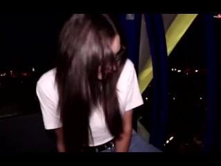 HOT GIRL PEES JEANS IN PUBLIC