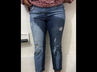 FEMALE PEE DESPERATION AND WETTING HER JEANS