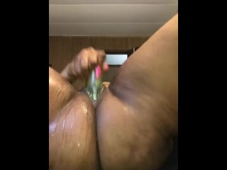 I CANT STOP SQUIRTING !!!!!