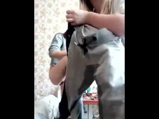 2 amateur girls peeing pants