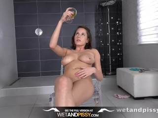 Wetandpissy - Sexy girl peeing and toying her soaking wet pussy